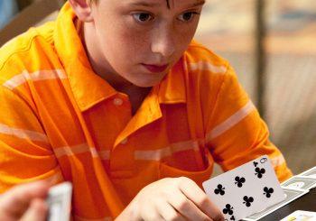 Kids playing cards - Great Bridge Links