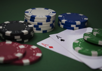 Even the best poker players should use tips to stay on top of their game. - Great Bridge Links