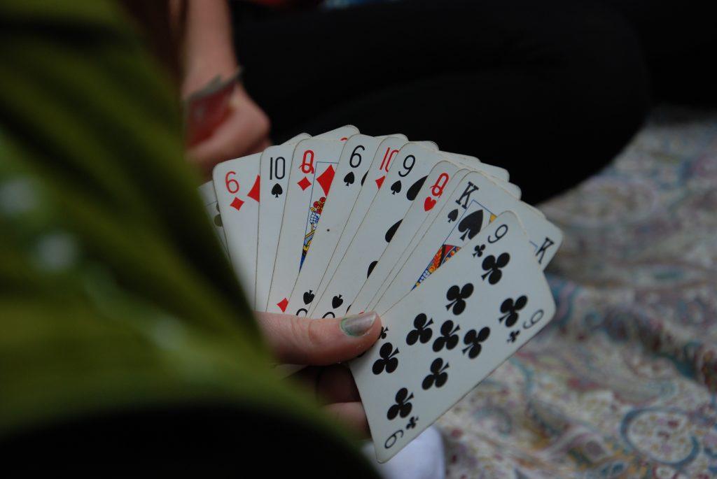 Poker Size Cards vs Bridge Size Cards