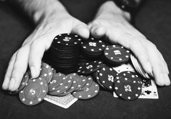 Hands with Poker Chips - Great Bridge Links