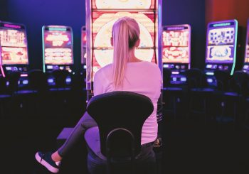 Behind Online Slot Machines - Great Bridge Links