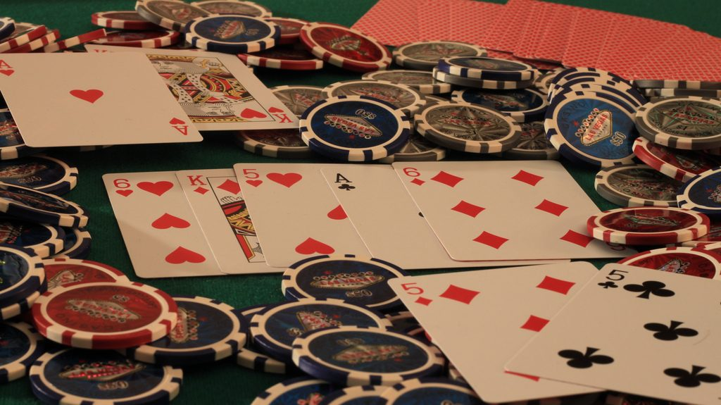 How to Beat Low-Stakes Online Draw Poker
