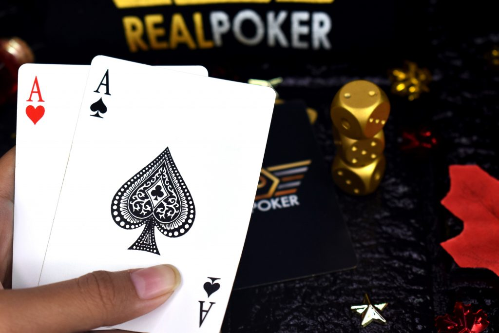 Beginner's Guide to Playing Poker like a Pro