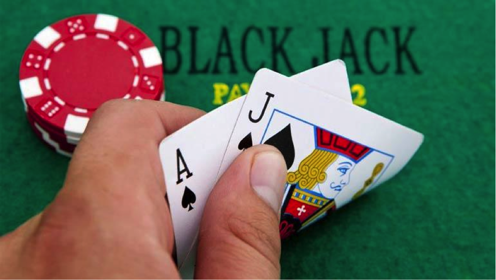 Supplement your Income by Joining an Online Casino