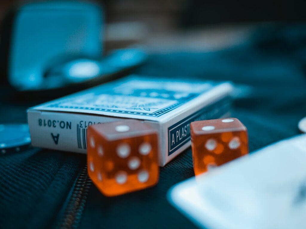 Game Deck Kartu Luar Biasa yang dapat Anda mainkan