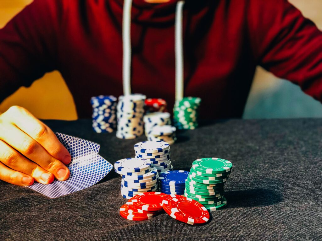 How to Play Short Deck Hold 'em